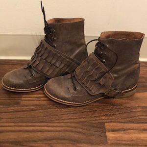 Steve Madden Monett Boots